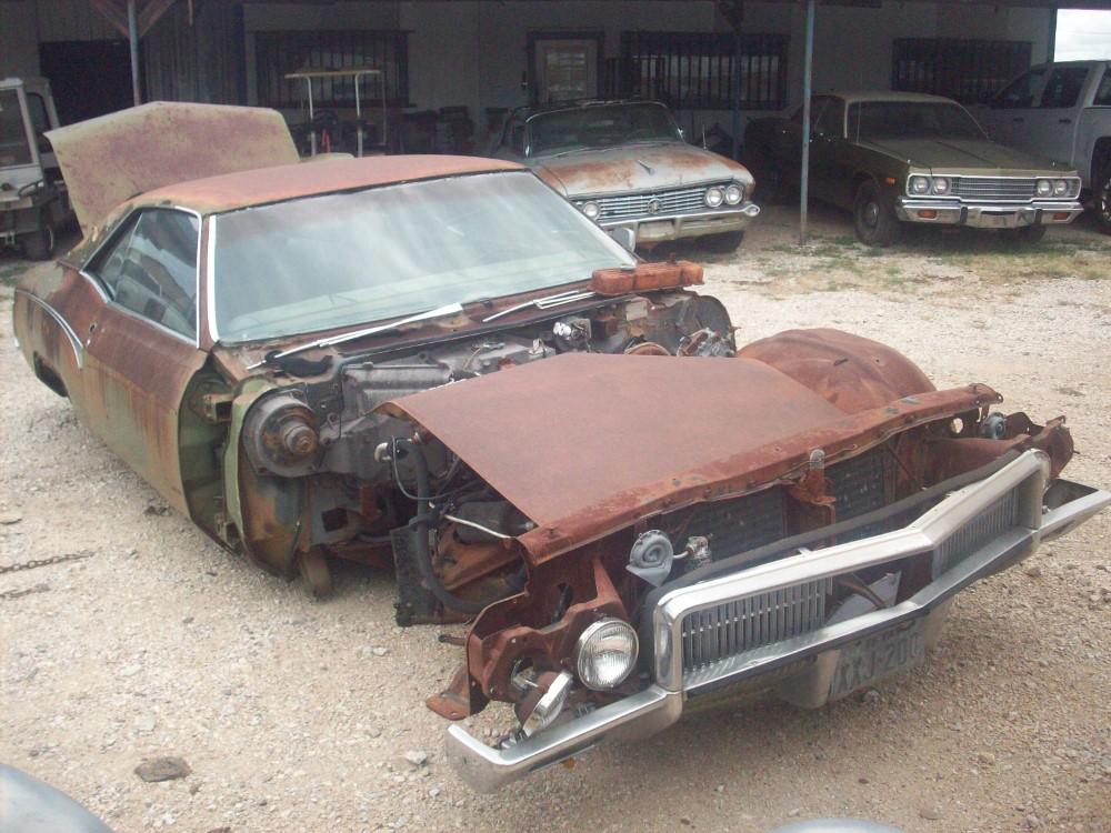 Buick Riviera Parts Car