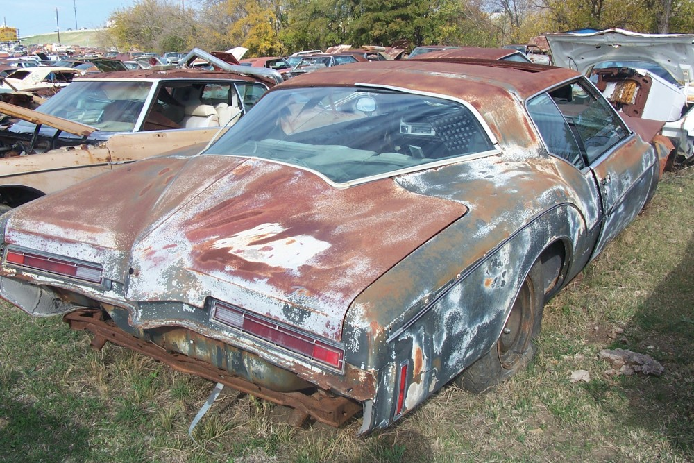 1972 Buick Riviera Parts Car 3