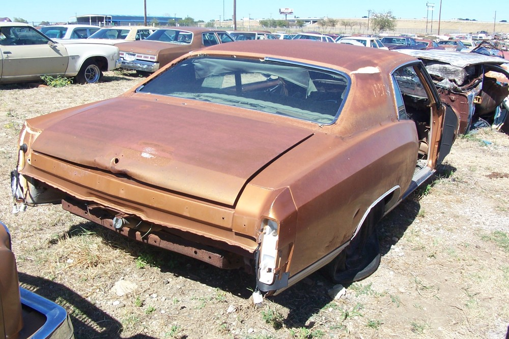1972 Chevrolet Monte Carlo Parts Car 2