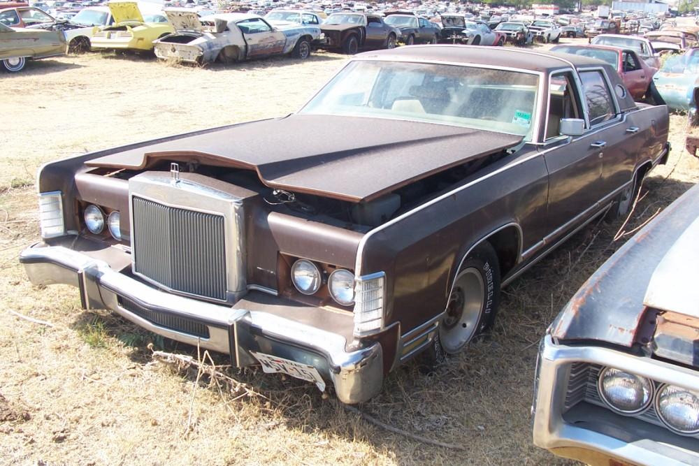 1978 Lincoln Continental Parts Car 1