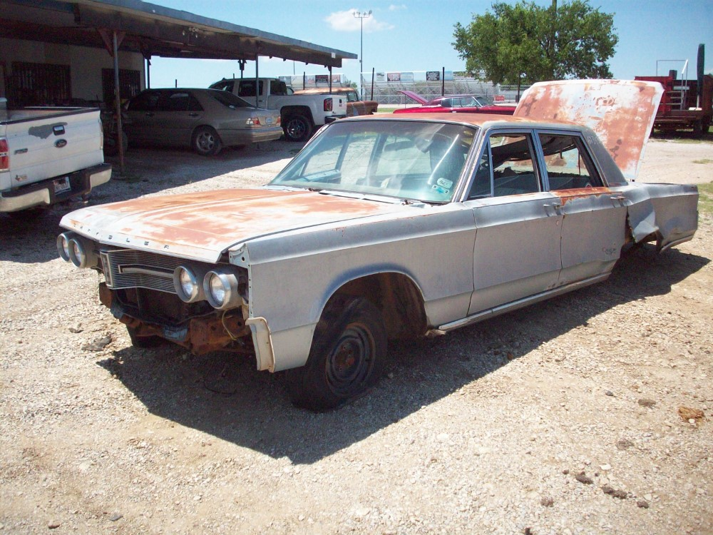 1967 Chrysler New Yorker Parts Car 1