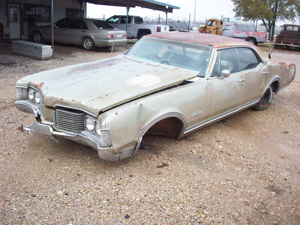 Parts For Cars >> 1968 Oldsmobile Delta 88 Custom Parts Car 1