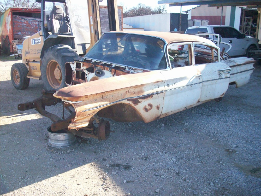 1960 Pontiac Catalina Parts Car 1